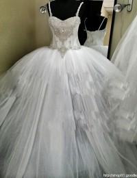 Luxury Beading Pearls CrystalsBall Gown Spaghetti Straps Vintage Wedding Dress 2105 Robe De Mariage Vestido De Noiva 2015 MS135