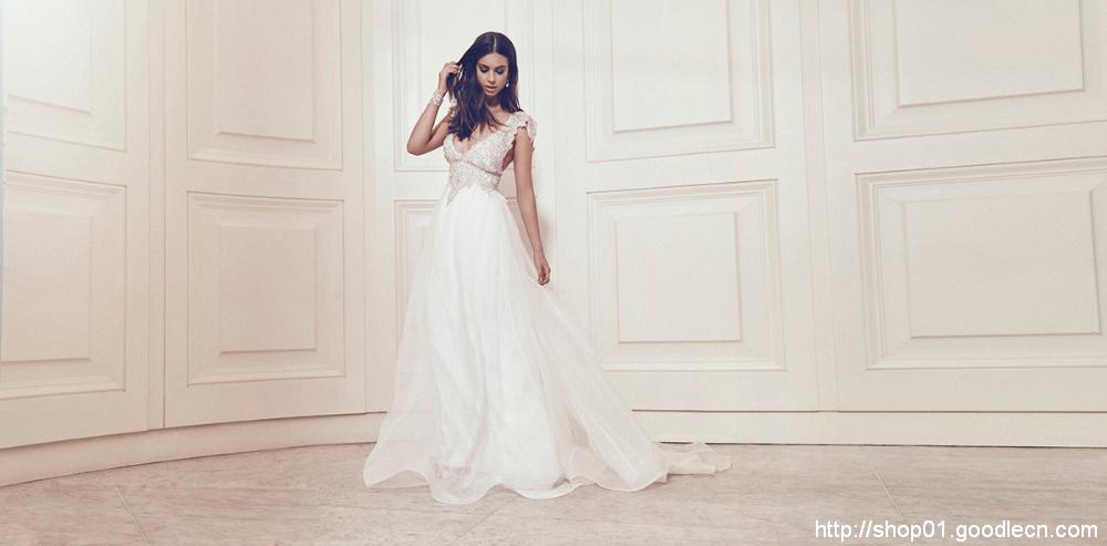 Romantic A-Line Lace Wedding Dress 2016 Deep V-Neck Sexy Beading Vintage Wedding Dress Wedding Gowns Vestido De Noiva W02245