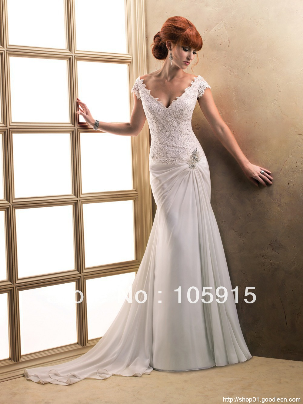 Sexy Charming Crystal Buttons V-Neck And Back Mermaid Simple White Beach Wedding Dresses Bride Wedding Gowns Chiffon SV18
